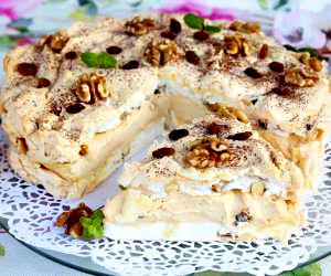 tort-bezowy-z-kajmakiem-dacquoise-daklas_3